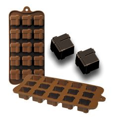 Chocolate o bombón Gift Chocolates, Gifts, Organizing, Drinks, Food, Gift, Gourmet, Small Boxes, Drinking