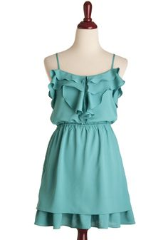 Super cute emerald dress with frill details and crisscross self-tie at back. Grad Dresses, Cute Dresses, Cute Outfits, Summer Dresses, Dress Colour, Emerald Dresses, Vintage Style Dresses, Retro Dress, Everyday Outfits