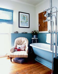 Blue bathroom panelling
