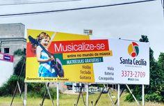Faça como Santa Cecília escola de música: divulgue seu trabalho e garanta seu espaço.  Libélula Mídia Externa com 10 pontos de Outdoors para locação no centro de Guaramirim.  Aguardamos você APAREÇA!!!!