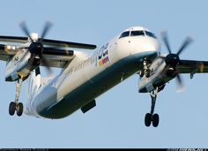 De Havilland Canada DHC-8-402Q Dash 8 aircraft picture