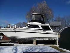 1983 Sea Ray Flybridge -Floating cottage, 42 foot overall length. Beautiful Boat. See more at: http://www.caboats.com/used-boats/9061.htm