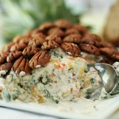 Pineapple Cream Cheese Spread- I do a Pineapple cheese ball similar