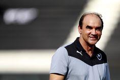 """BotafogoDePrimeira: Ricardo Gomes vibra com vitória na estreia: """"Melho..."""