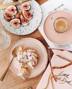 Blush Breakfast Anyone Glamy Girl Pink Aesthetics Pink Pink Nails Eve… - Christmas Deesserts Brunch Drinks, Brunch Salad, Brunch Buffet, Brunch Food, Brunch Menu, Brunch Party, Watermelon Smoothies, Food Porn, Eat This