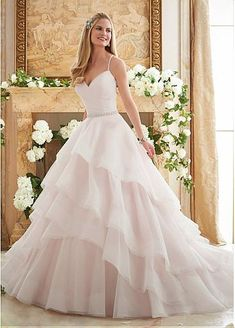 Gorgeous Tulle Spaghetti Straps Neckline Ball Gown Wedding Dresses With Embroidery And Beadings