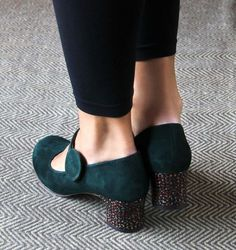 HARZA GREEN :: SHOES :: CHIE MIHARA SHOP ONLINE