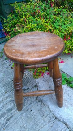 Solid Oak Stool / chair