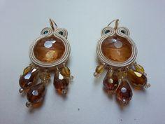 orecchini chandelier in soutache e cristalli di ManiCreazioni su Etsy