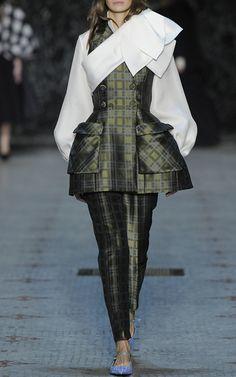 Dice Kayek Couture Look 17 on Moda Operandi
