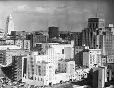 Los Angeles in the These are the sort of buildings in Amity's world. Los Angeles Area, Downtown Los Angeles, Us Bank Tower, Bunker Hill Los Angeles, Westwood Village, Santa Monica Blvd, Lafayette Park, Urban Setting, Beautiful Buildings