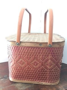 Vintage Redmon Square Picnic Basket by HighwayHitchinPost on Etsy