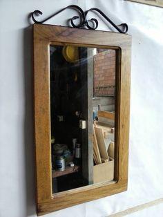 Moldura espelho em madeira e ferro