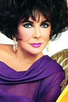 Elizabeth Taylor for Avon. The  Egyptian Collection 1993...Uploaded By  www.1stand2ndtimearound.etsy.com