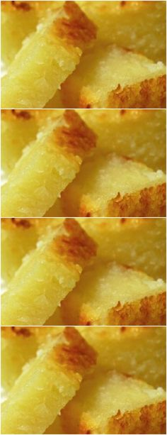 When the dough is smooth, incorporate the yeast and stir slowly. # Recipe # cake # pie # dessert # b Cake Recipes, Snack Recipes, Pie Dessert, Desert Recipes, Carne, Macaroni And Cheese, Pineapple, Sweet Tooth, Recipies