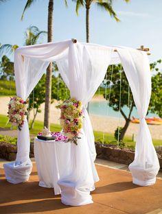 Lavish beach wedding ideas in Hawaii.