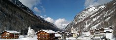 Saas Fee Resorts | Saas Fee Hotels | Ski Resorts in Switzerland | Luxury Chalet Alps Saas Fee, Ski Pass, Ski Vacation, Ski Resorts, Winter Season, Alps, Switzerland, Mount Everest, Skiing