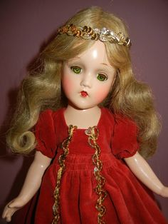 VINTAGE COMPOSITION MADAME ALEXANDER SLEEPING BEAUTY DOLL