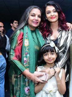 Madhuri Dixit, Abhishek and Aaradhya Bachchan at Fanney Khan's screening Aishwarya Rai Hairstyle, Aishwarya Rai Bachchan, Aaradhya Bachchan, Madhuri Dixit, Indian Celebrities, Bollywood Actors, Priyanka Chopra, Cannes Film Festival, Celebrity Pictures