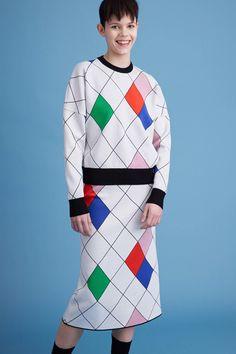 http://www.vogue.com/fashion-shows/pre-fall-2016/iceberg/slideshow/collection