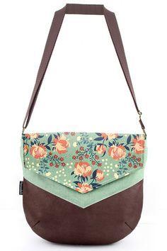 646 melhores imagens de bolsas no Pinterest   Fabric handbags ... 6c6d5e72b8