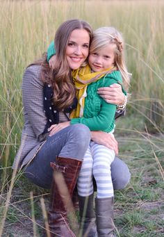 mother and daughter photo shoot. cute idea!