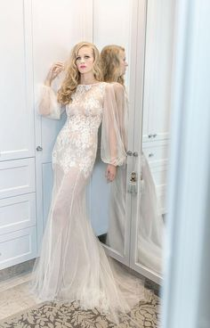 4 days until London Getting so nervous but so excited at the same time! London, Bride, Wedding Dresses, Gratitude, Model, Collection, Travel, Fashion, Wedding Bride