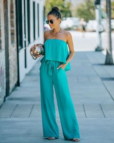 Turquoise Clothes, Strapless Jumpsuit, Jumpsuit Pattern, Wide Leg Pants, Color Pop, Fitness Models, How To Wear, Nude Heels, Outfits