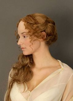 braided Renaissance hairstyles