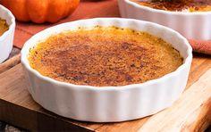 Pumpkin Crème Brûlée Gluten Free Desserts, Just Desserts, Delicious Desserts, Dessert Recipes, Yummy Food, Dinner Recipes, Pumpkin Recipes, Fall Recipes, Sweet Recipes