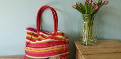 Brei een shopper! Altijd handig om een tas bij je te hebben. Deze shopper brei je uit 1 stuk. #breien.