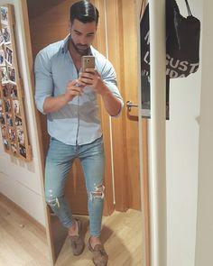 """1,185 kedvelés, 25 hozzászólás – Ramón Alba ® (@raemonalba) Instagram-hozzászólása: """"Casual Style Outfit: Camisa: @zara Pantalón: @pullandbear Zapatos: @zara"""""""