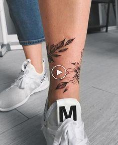 You are in the right place about Foot Tattoos mens Here we offer you the mos … – foot tattoos for women flowers Rose Tattoos, Sexy Tattoos, Flower Tattoos, Body Art Tattoos, Sleeve Tattoos, Tatoos, Tattoos On Foot, Butterfly Tattoos, Tattoo Art