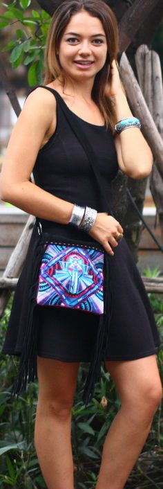 Little black dress styles with strappy flats, boho jewellery with turquoise gems, and a cute tote bag with tribal detailing - oh so fall! Unique Braids, Boho Jewellery, Strappy Flats, Bohemian Hairstyles, Cute Tote Bags, Boho Bags, Dress Styles, Black Cross Body Bag, Festival Outfits