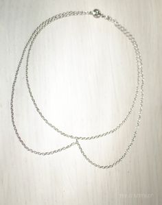 Fashion urban Peter pan collar chocker necklace. Simple and elegant. Nickel free silver colored chain. Inspiration.