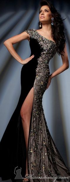Tony Bowls couture jean dress#2dayslook #maria257893 #jeansfashion ww.2dayslook.com