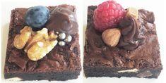 Er du også træt af den traditionelle kakao-glasur, som man altid ender med at komme på sine kager? Det er jeg i hvert fald!  Derfor har jeg nu fundet frem til et rigtigt, nej et RIGTIGT, godt alternativ - Chokoladekaramel.  Ingredienser:   70 g sukker  100 mL piskefløde  1 stor ....
