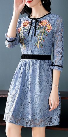 Fashion O-Neck 3/4 Sleeve Lace A-Line Dress