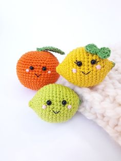 3 pieces - Crochet fruits Rattle toys kids learning toys baby decor kids gift play Food Set decorations for the kitchen. Beginner Crochet Tutorial, Beginner Crochet Projects, Crochet For Beginners, Crochet Tutorials, Crochet Patterns, Crochet Fruit, Crochet Food, Learn Crochet, Baby Massage