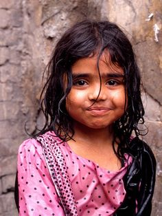 Cutie in Peshawar, Pakistan (by Guy Philippe on Flickr)