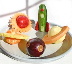 Healthy snack ideas, space fruit and veggies, to go with The  Space party of Tales Come Alive children's parties, Inc.