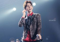 Minwoo Boyfriend Kpop, Blazer, Guys, Jackets, Women, Fashion, Down Jackets, Moda, Fashion Styles