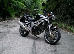 2002 Suzuki SV650. Heard it ha a pretty hard seat though and some adjustments need to be made for shorter riders.