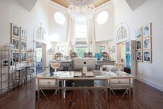 salon-bar-lobby