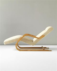 PHILLIPS : UK050312, ALVAR AALTO, Cantilevered chaise longue, model no. 43