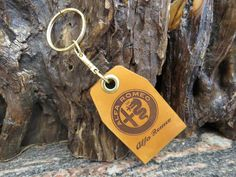 ALFA ROMEO key ring, DOUBLE Sided genuine leather key chain keyring 745 Leather Keyring, Split Ring, Natural Leather, Alfa Romeo, Cowhide Leather, Key Rings, Laser Engraving, Key Chain, Solid Brass