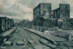 Street between ruins, Pompeii, Italy' (1927), from 'Italien in Bildern,' by Eugen Poppel (August Scherl, Berlin), 1927.