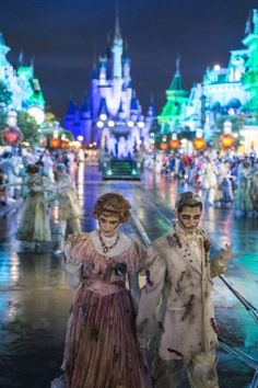 Mickey's Not-So-Scary Halloween Party, Boo to You parade. Disney World Magic Kingdom, Disney World Parks, Disney World Resorts, Disney Vacations, Disney Trips, Disney Magic, Family Vacations, Cruise Vacation, Disney Cruise