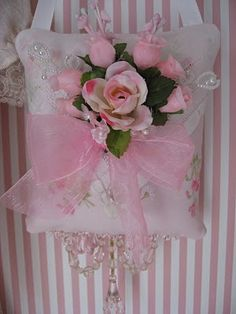Shabby Cats and Roses: ~A Little Sneak Peak~