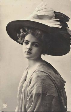 #BelleEpoque #EdwardianEra #HistoryofFashion #Hats #FashionAcademy #TomiEducation